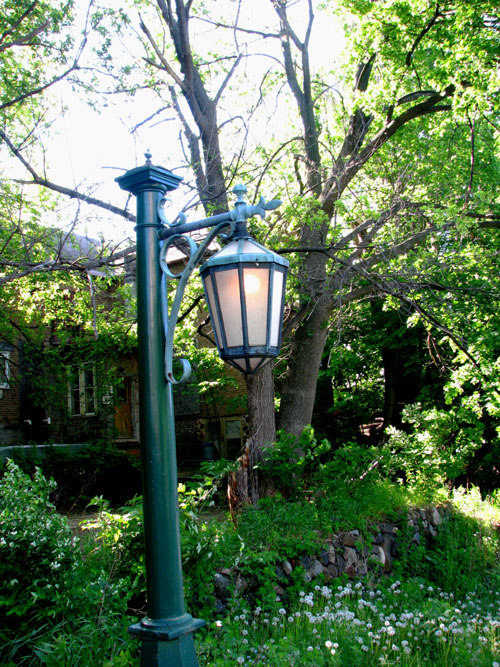 Lamplight Hancock Michigan, photo by Kim Nixon