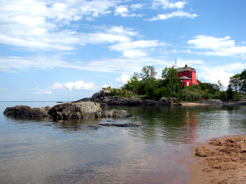 Marquette Michigan Lighthouse, photo by Kim Nixon
