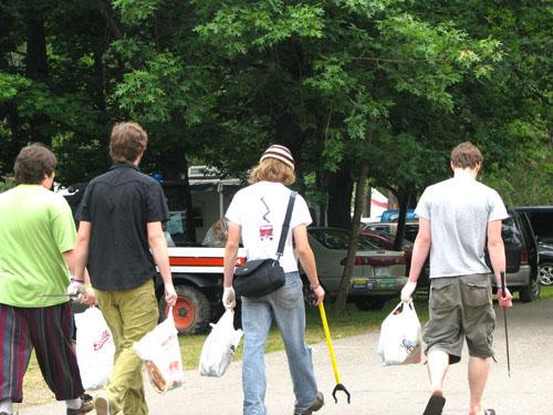 Green Team Volunteers, photo by Kim Nixon