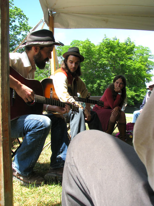 Mike Waite, Seth Bernard, and Daisy May, Hiawatha 2008, photo copyright Kim Nixon