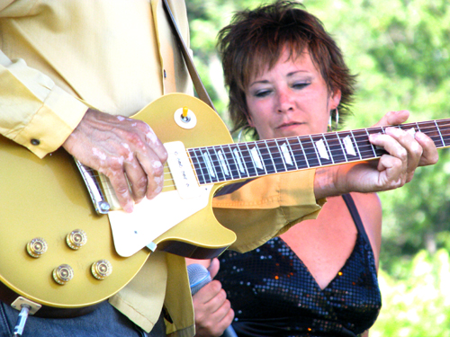 Lorrie Hayes and Mike Letts, Flat Broke Blues Band, Marquette Area Blues fest 2008, photo copyright Kim Nixon